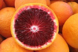 naranjas siciliano rojo de propiedades y contraindicaciones útiles
