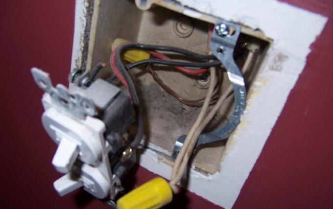 Schema Elettrico Lampadario Doppia Accensione : Schema elettrico doppio switch istruzioni per l installazione