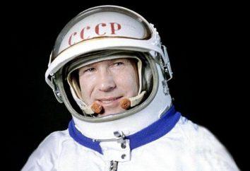 El cosmonauta soviético A. A. Leonov: biografía, fotos