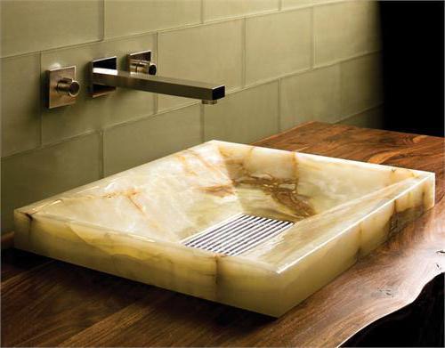muscheln aus stein die k chensp le im bad. Black Bedroom Furniture Sets. Home Design Ideas