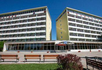 """Sanatorium """"Lermontowa"""" ( """"Surgutnieftiegaz""""): leczenie i wypoczynek nad Morzem Czarnym"""