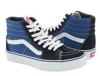 « Vans » – chaussures de sport et une grande paire de chaussures confortables