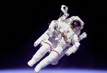 question cosmique diffère de l'astronaute astronaute