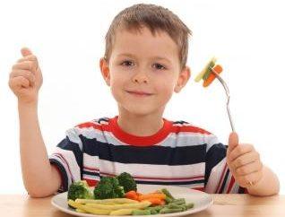 Co dziś na obiad gotować dziecko: dwa pyszne i lekkie dania