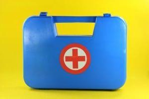 Lista zestawów pierwszej pomocy: co musisz kupić dla dziecka
