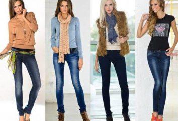 Schuhe, Shirts: Von dem, was Blue Jeans tragen. Welche Kombination von Blue Jeans