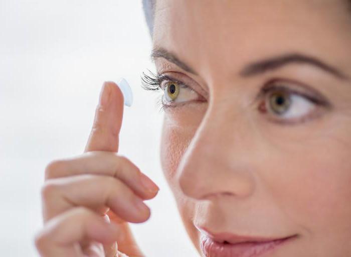 schlafen mit kontaktlinsen