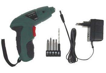Facciamo riparazione cacciavite batteria con le mani