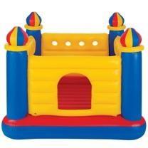 trampoline gonflable. Avantages et fonctionnalités