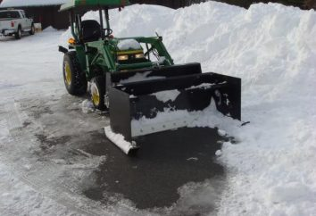 neige nettoyage tracteur avec un seau