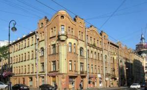 """Elite immobiliare a San Pietroburgo: appartamenti vicino alla stazione della metropolitana """"Petrogradskaya"""""""