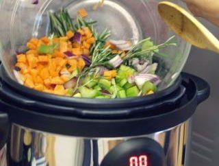 Wie schnell das Gemüse in multivarka kochen?