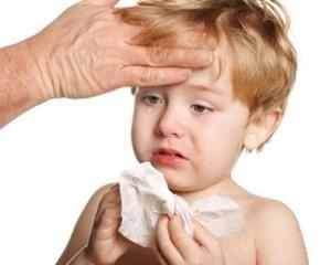 Bronchitis bei Kindern: Behandlung zu Hause. Das Einatmen des Kindes zu Hause