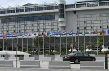 Aéroport Miami – le premier terminal de l'aéroport au sud-est de la Floride (Etats-Unis): l'histoire, les infrastructures, le transfert