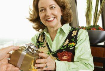 ¿Cómo elegir una mujer durante 60 años de regalo: ideas interesantes