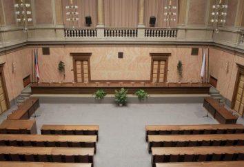 La composizione e la struttura della corte