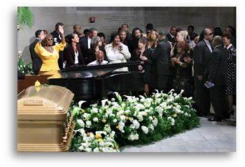 Dlaczego sen o pogrzebie nieznajomym? Co sen zobaczyć pogrzeb?