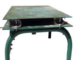 Jak zrobić stół wibracyjny z rękami?