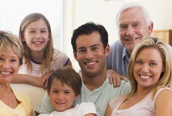 La famille en tant que groupe social et une institution sociale. Le rôle de la famille et de la famille dans la société