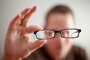 Quais são as causas da miopia?