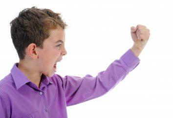 Dziecko bije się po głowie: przyczyn, porady lekarzy
