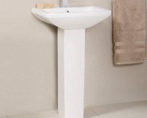 Évier avec un socle pour la salle de bains: établissement de leurs propres mains