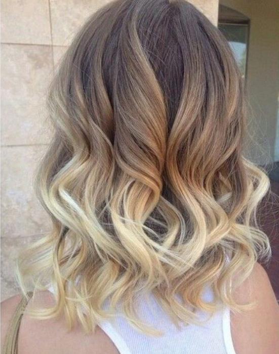 capelli corti capelli colorazione (foto) 9df7c3c54cc4