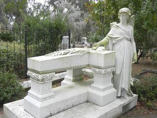 Dusze zmarłych: życie po śmierci