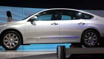 Przegląd firma modeli Nissana. Teana 2013 – nowy biznes sedan