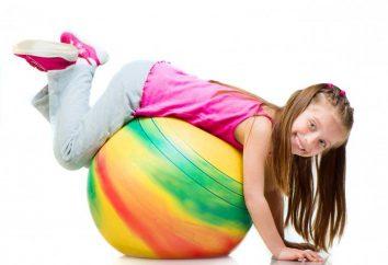 loisirs gymnastique pour enfants dans le groupe du milieu