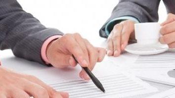crédito comercial. empréstimo mercadoria. Diferenças e vantagens.