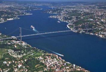 Europe et en Asie. Quelle mer est connecté au Bosphore Marmara?