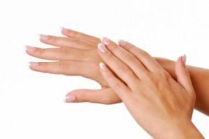 Por que retire a pele dos dedos das mãos e pés?
