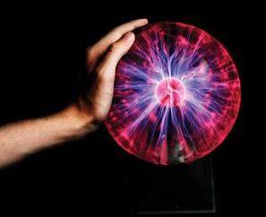 """Lampada """"Plasma Ball"""" – lo scopo e funzionamento"""