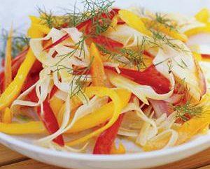 Krautsalat mit Pfeffer Glocke – schnell und lecker