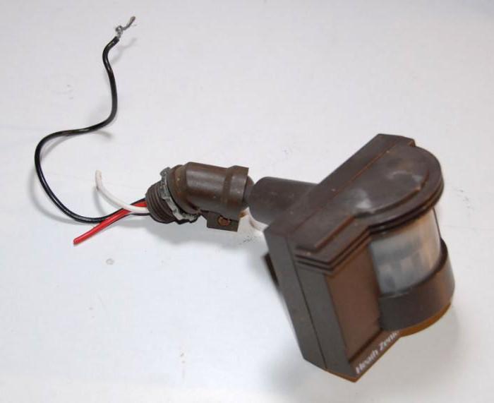 Schema Collegamento Lampada Con Sensore Di Movimento : Schema elettrico dellilluminazione sensore di movimento