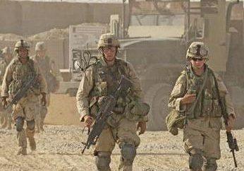 Was sagt Art. 337 des Strafgesetzbuches? Was könnte die Strafe für die militärische Einheit ohne Erlaubnis zu verlassen?