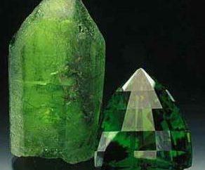 Peridot pietra – un rappresentante insolito della famiglia di quarzo