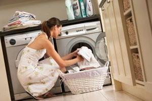 Consigli utili: come rimuovere il catrame dai vestiti
