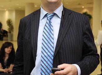 Valery Komissarov – prezenter telewizyjny, producent, polityk
