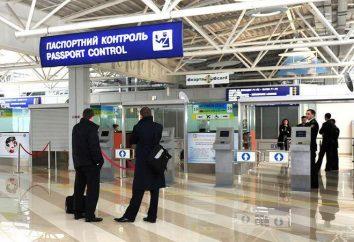 Como passar o controle de passaportes no aeroporto