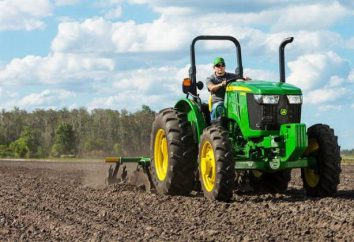 La descripción del trabajo del operador del tractor. descripción del trabajo, el conductor del tractor