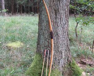 Quelques conseils sur la façon de faire un arc et une flèche avec vos mains
