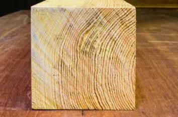 Wie Holzwürfel 100×100: Formel für ein Baumaterial Berechnung