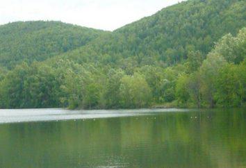 Où se trouve Crystal Lake?