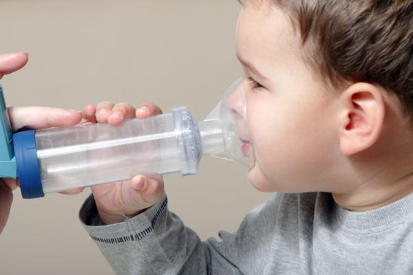 rasseln beim atmen kleinkind