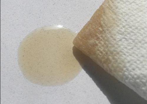 fettfleck auf papier entfernen