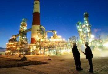 """Omsk raffineria – una filiale della società """"Gazprom Neft"""""""