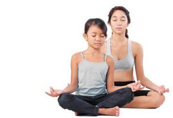 Come sedere a gambe incrociate: caratteristiche e vantaggi della posizione