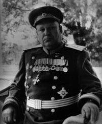 Shumilov Mihail Stepanovich: une photo, une courte biographie, prix